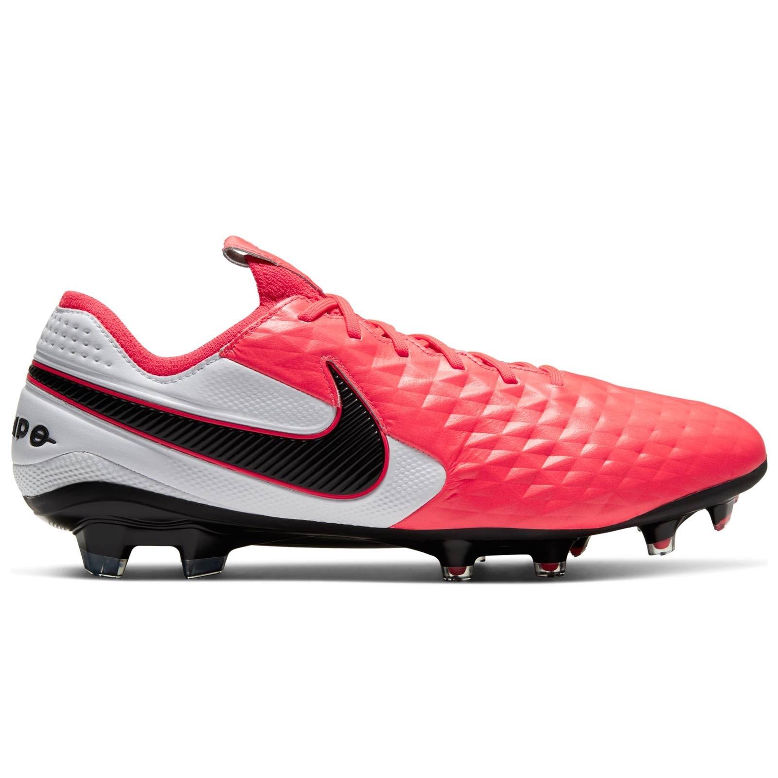 Buty piłkarskie Nike Tiempo Legend 8 Pro Tf M AT6136 004 czarny czarne